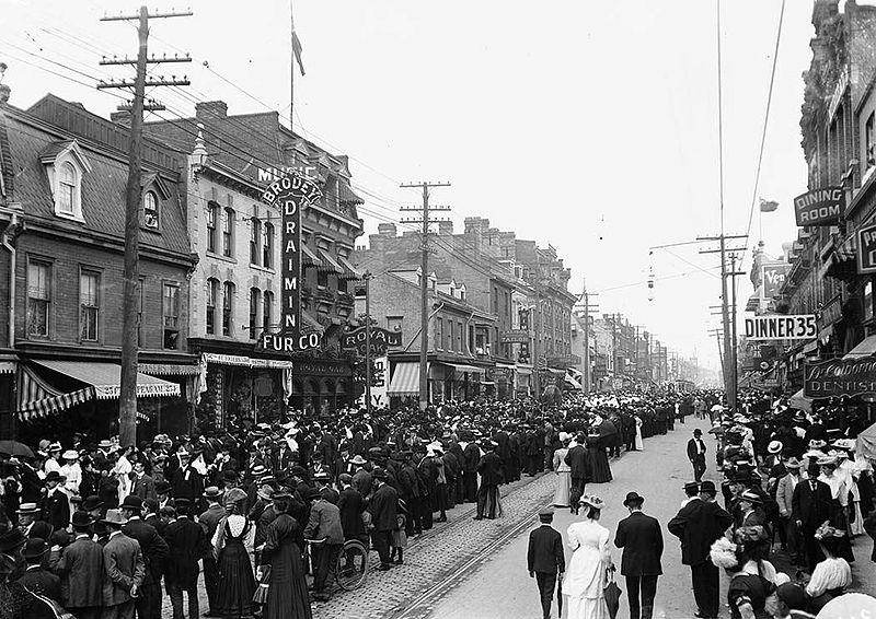 800px-1900s_Toronto_LabourDay_Parade