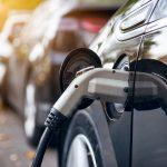 News : รายงานเผย ต้นทุนเชื้อเพลิงเฉลี่ยของรถยนต์ไฟฟ้าถูกกว่ารถน้ำมันราว 2 เท่า